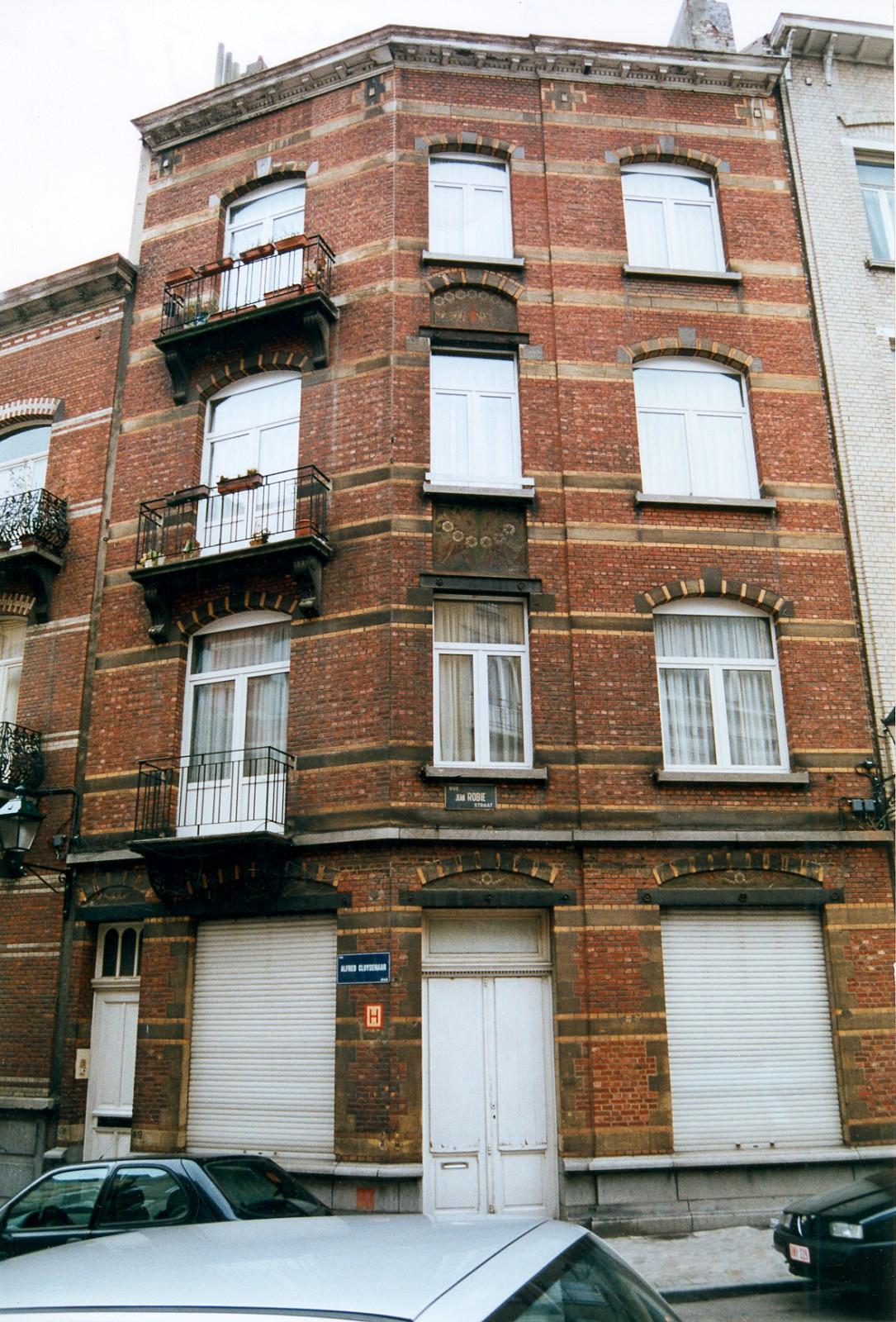 Rue Alfred Cluysenaer 49 et rue Jean Robie 85., 2003