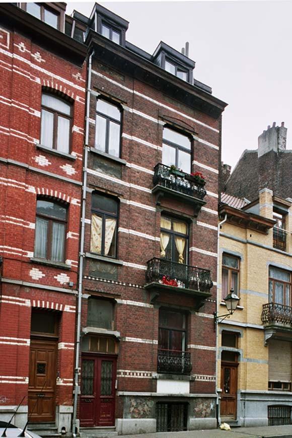 Rue André Hennebicq 42., 2004
