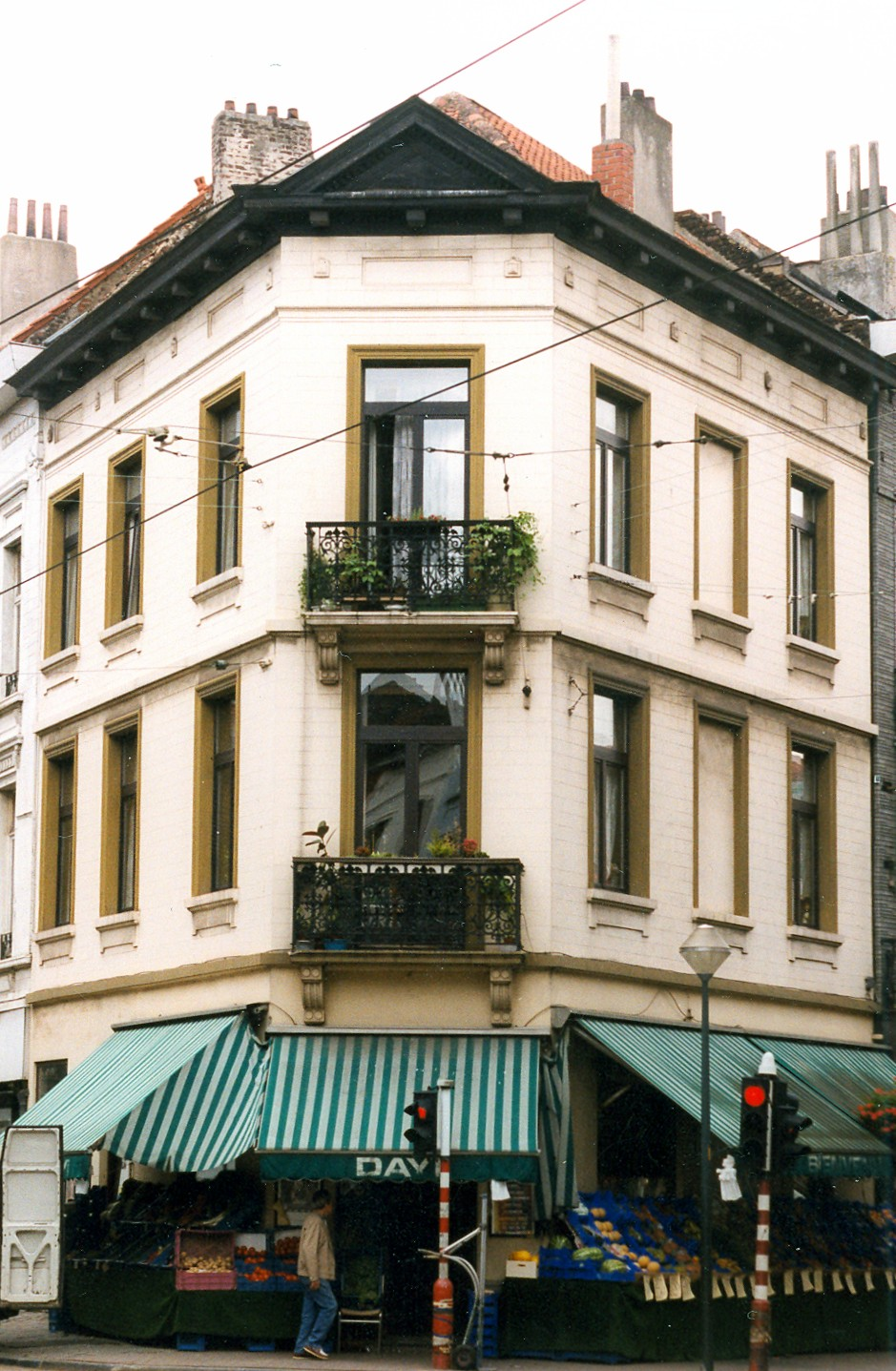 Rue Antoine Bréart 1., 1999