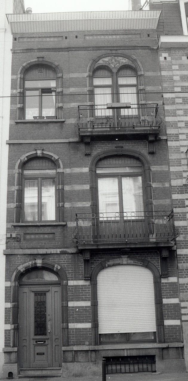 Rue Antoine Bréart 8., 2002
