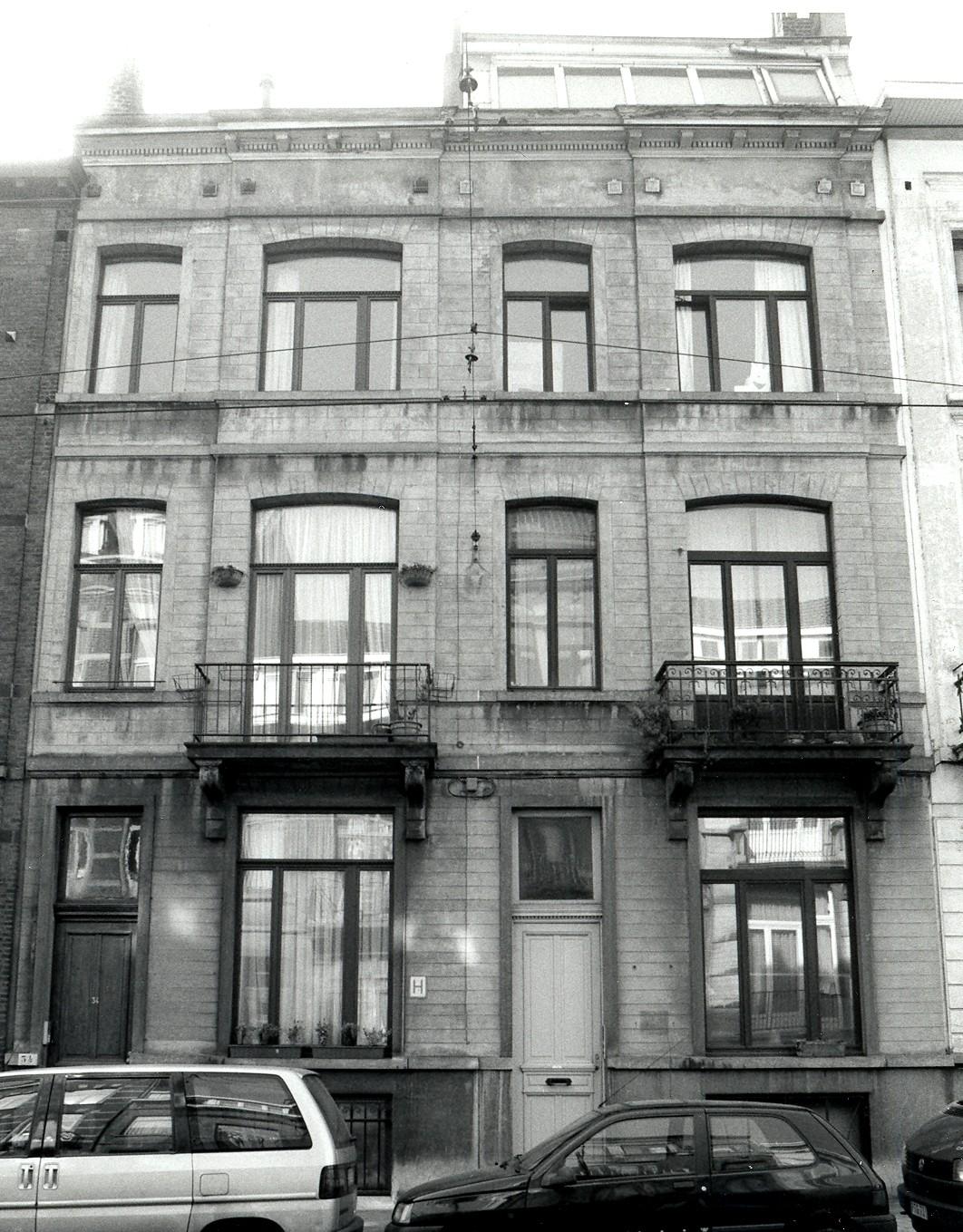 Rue Antoine Bréart 34, 36., 2002