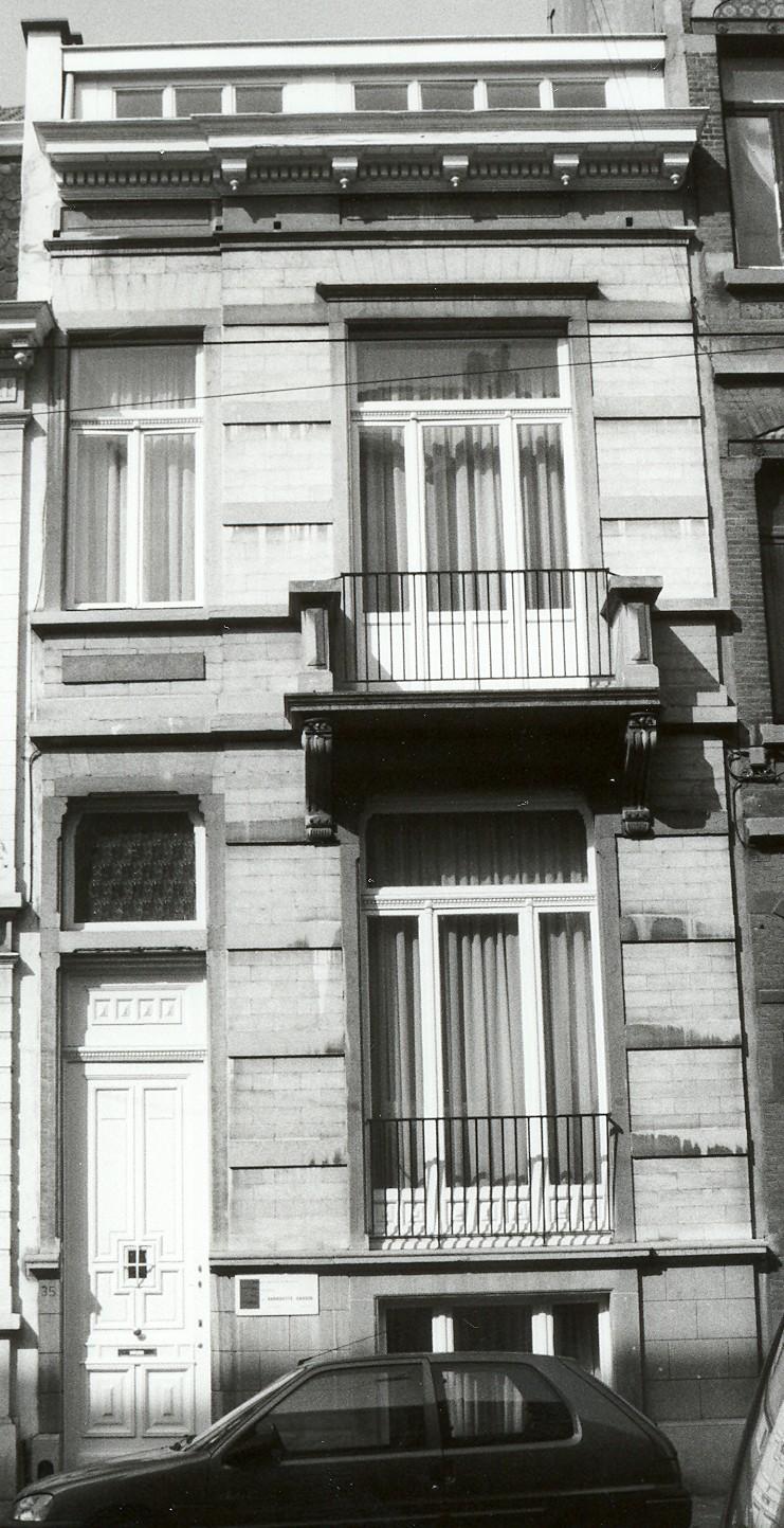Rue Antoine Bréart 35., 2002