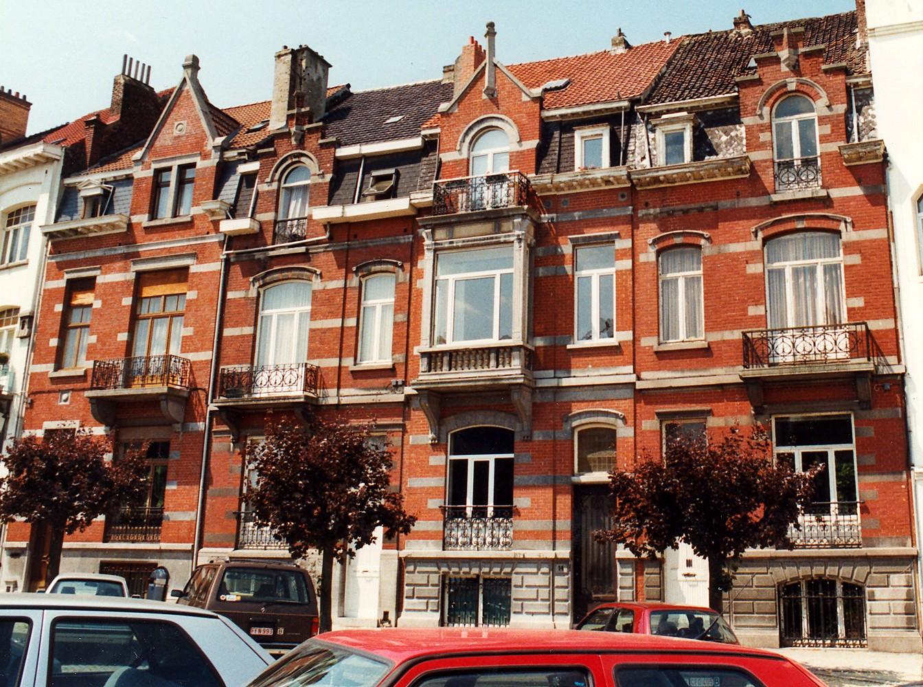 Place Antoine Delporte 16, 15, 14 et 13., 1998