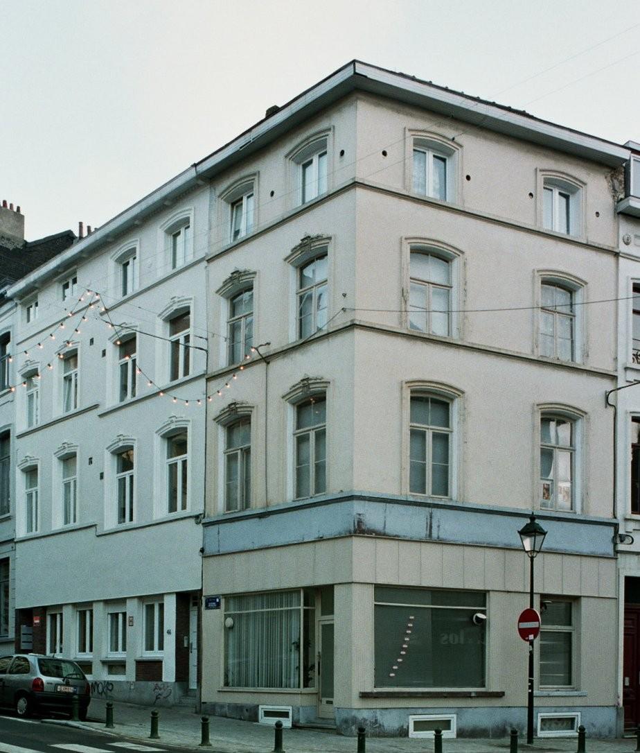 Rue Berckmans 44, 46 et 48., 2004