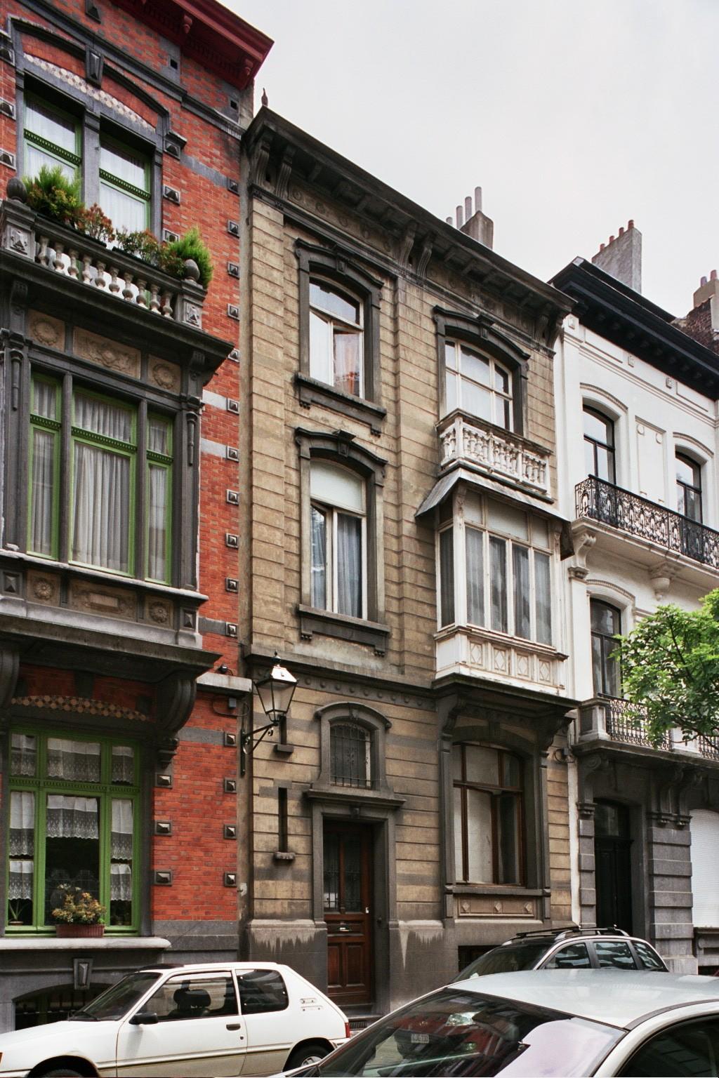 Rue Capouillet 6., 2004