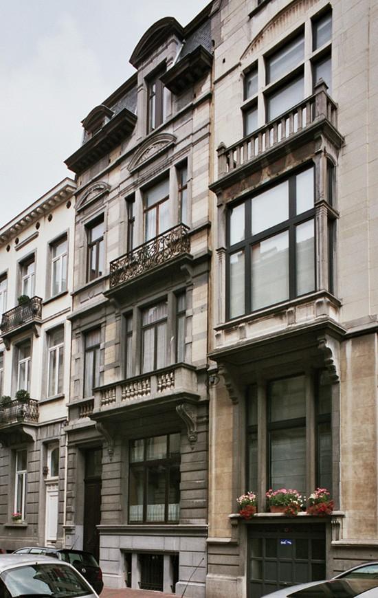 Rue Capouillet 24., 2004