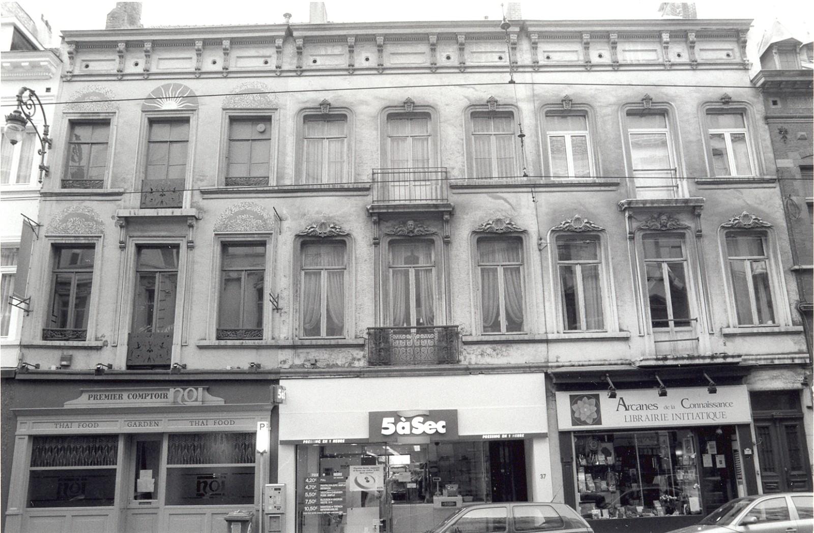 Chaussée de Charleroi 39, 37 et 35., 2002
