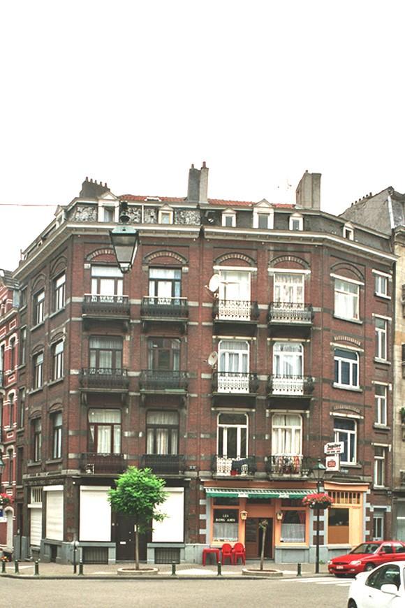 Rue Crickx 27 - rue Gustave Defnet 45 et rue Gustave Defnet 39-43., 2004