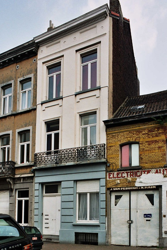 Rue de la Croix de Pierre 10., 2004