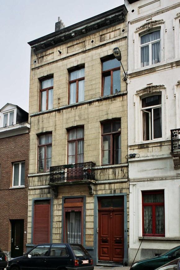 Rue de la Croix de Pierre 44., 2004