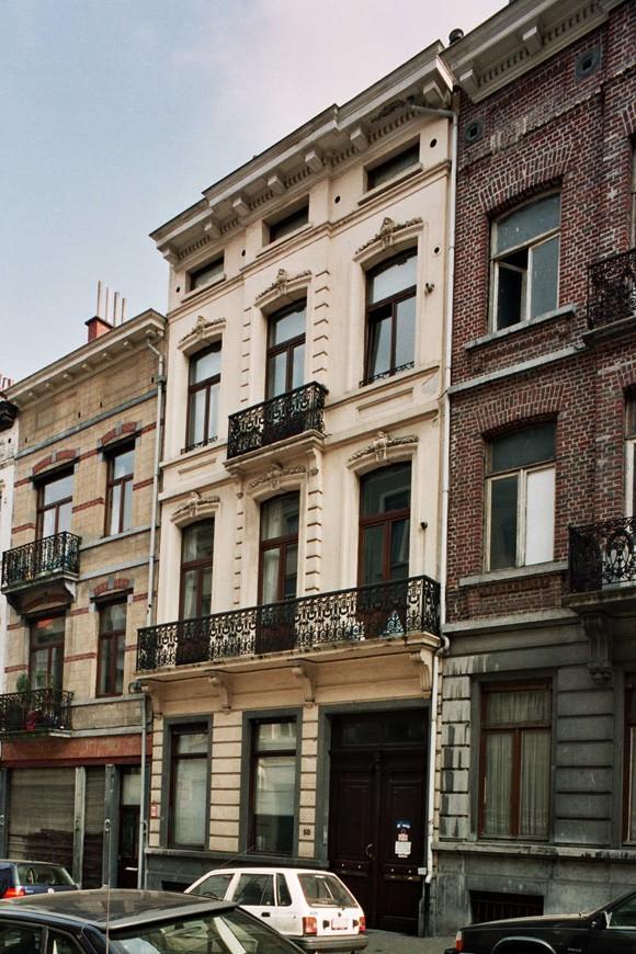 Rue de la Croix de Pierre 50., 2004