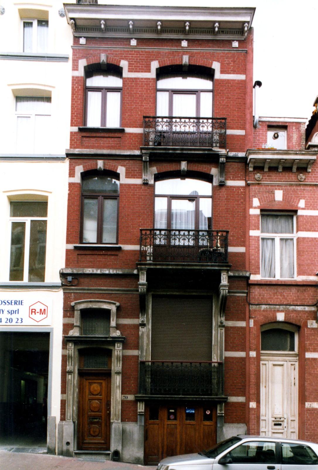 Rue Dethy 70., 2004