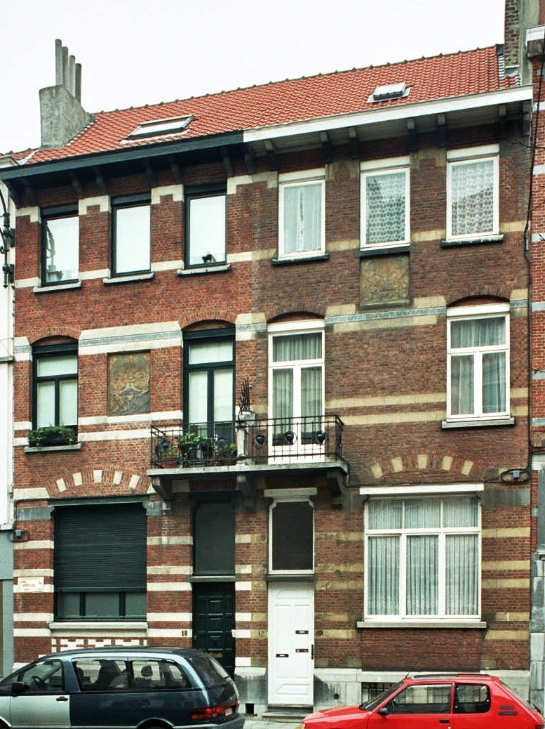Avenue Édouard Ducpétiaux 15, 13., 2004