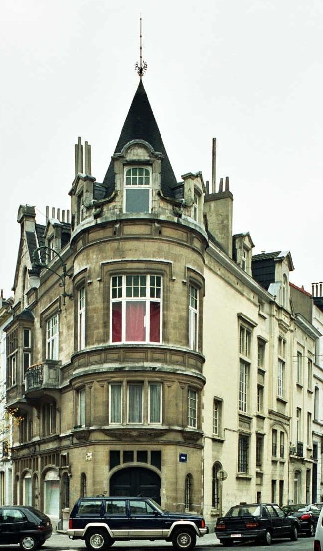 Avenue Édouard Ducpétiaux 17-21., 2004