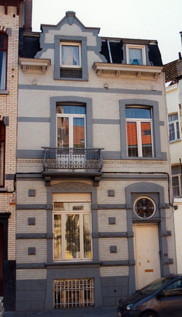 Avenue Édouard Ducpétiaux 28., 1998