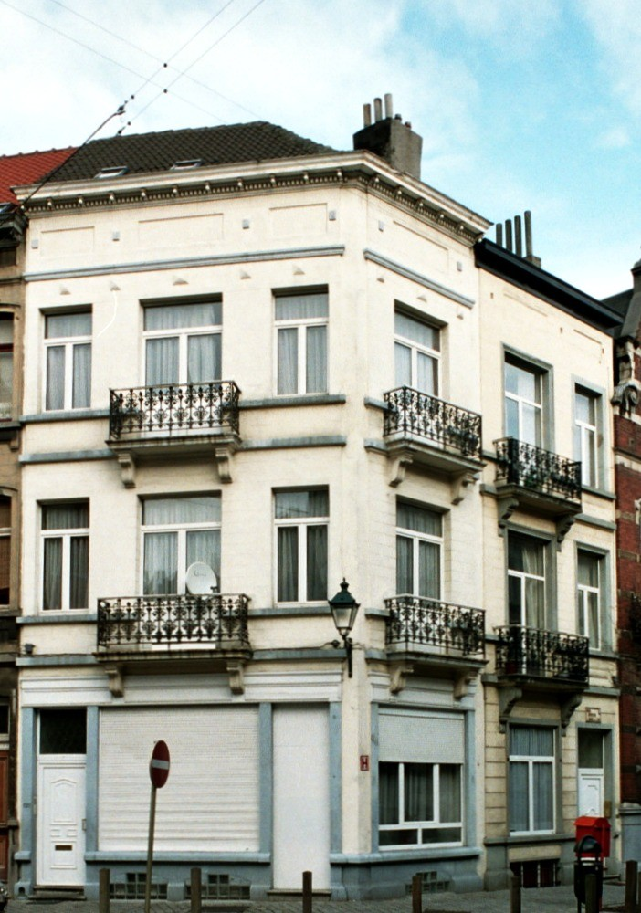 Rue d'Albanie 120 et avenue Édouard Ducpétiaux 53., 2004