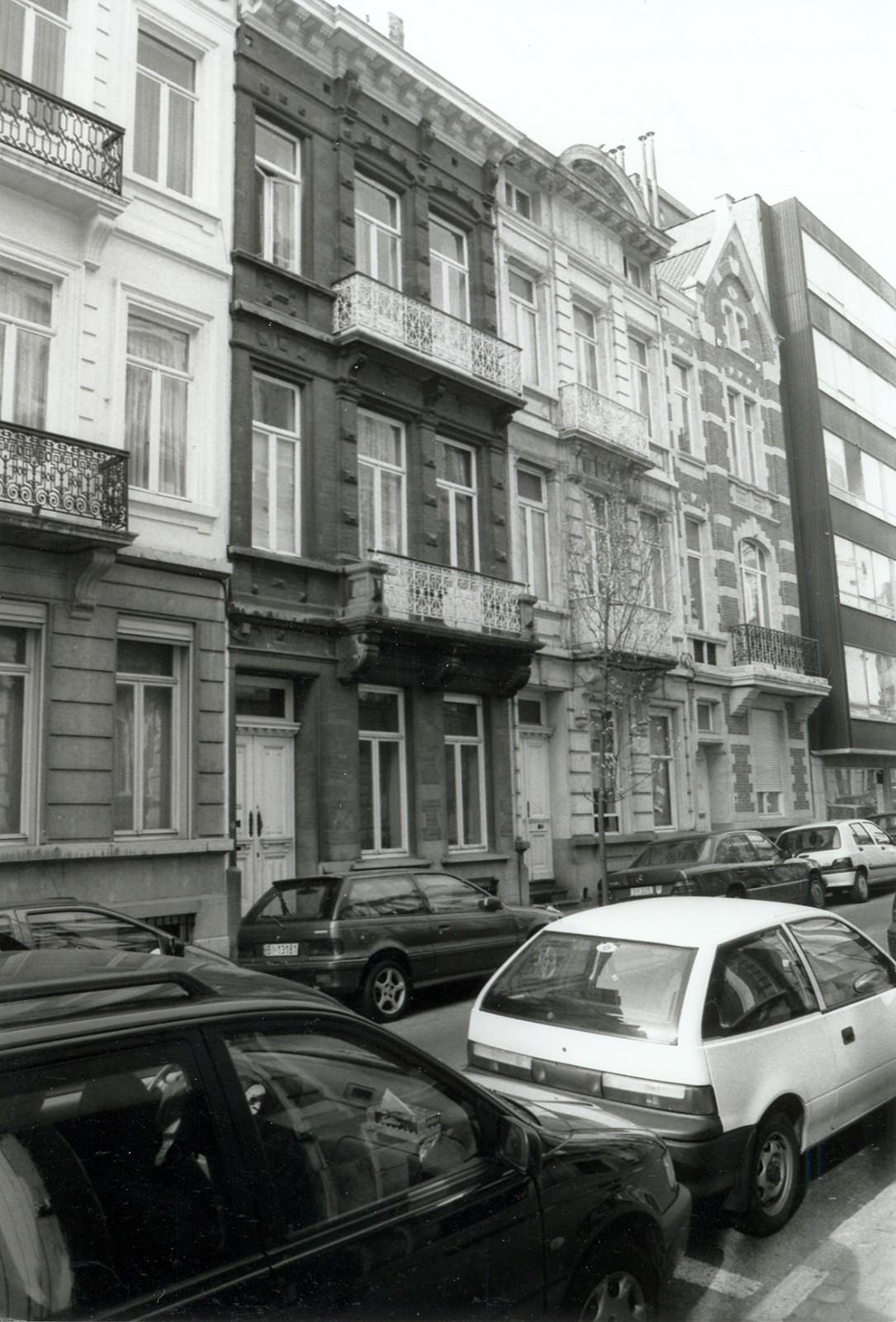 Rue d'Écosse 9, 7 et 5., 2002