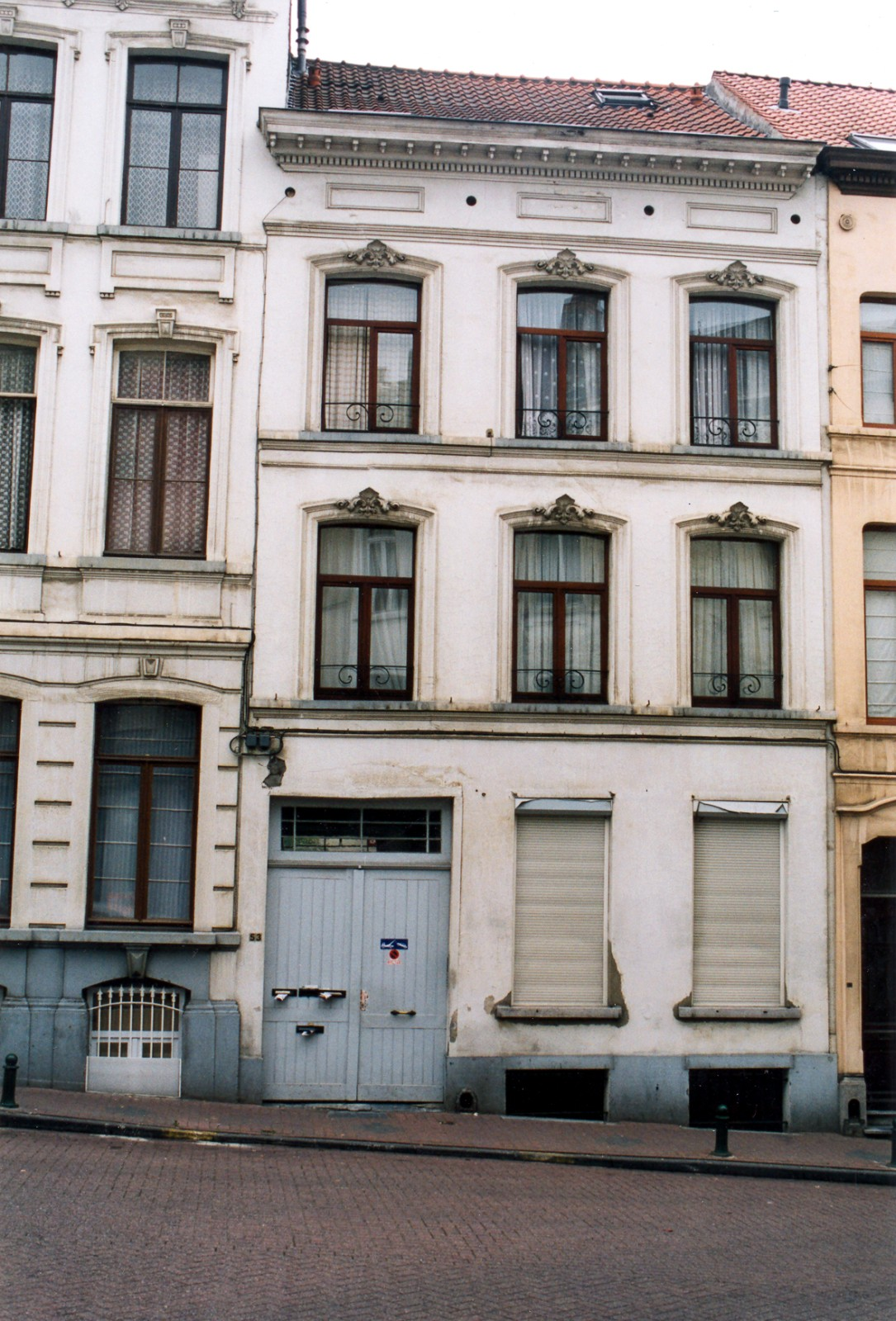 Rue de l\'Eglise Saint-Gilles 53., 2003