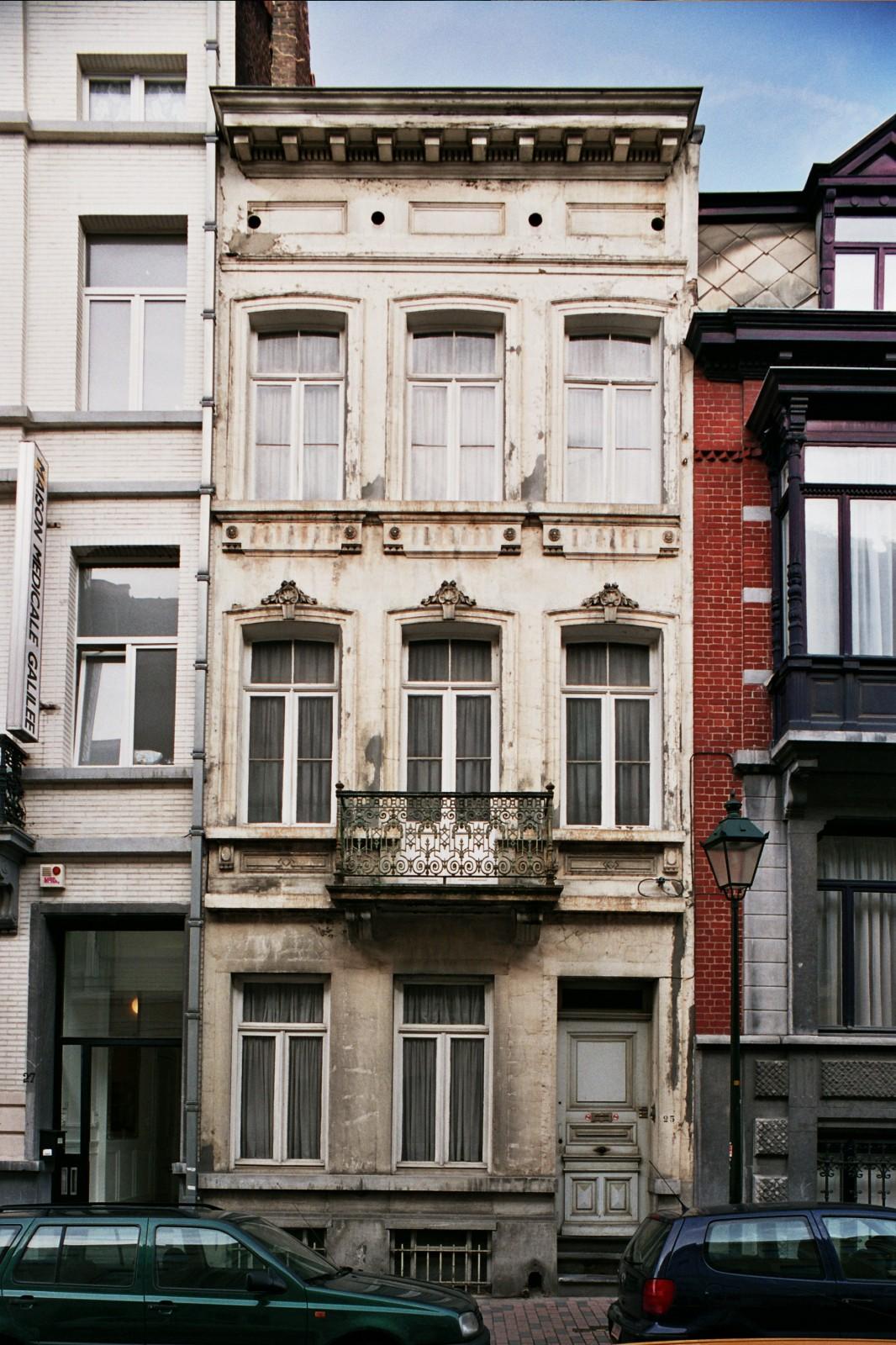 Rue Émile Féron 25., 2004