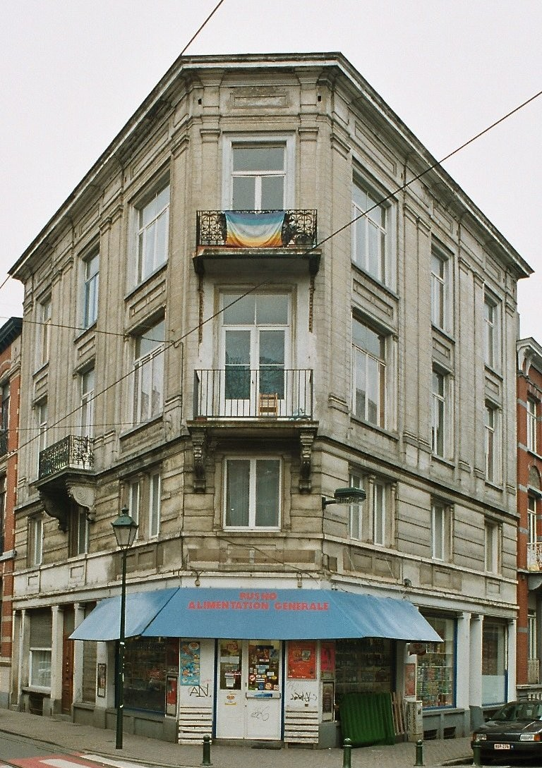 Rue Moris 21-23 et rue d'Espagne 83., 2003