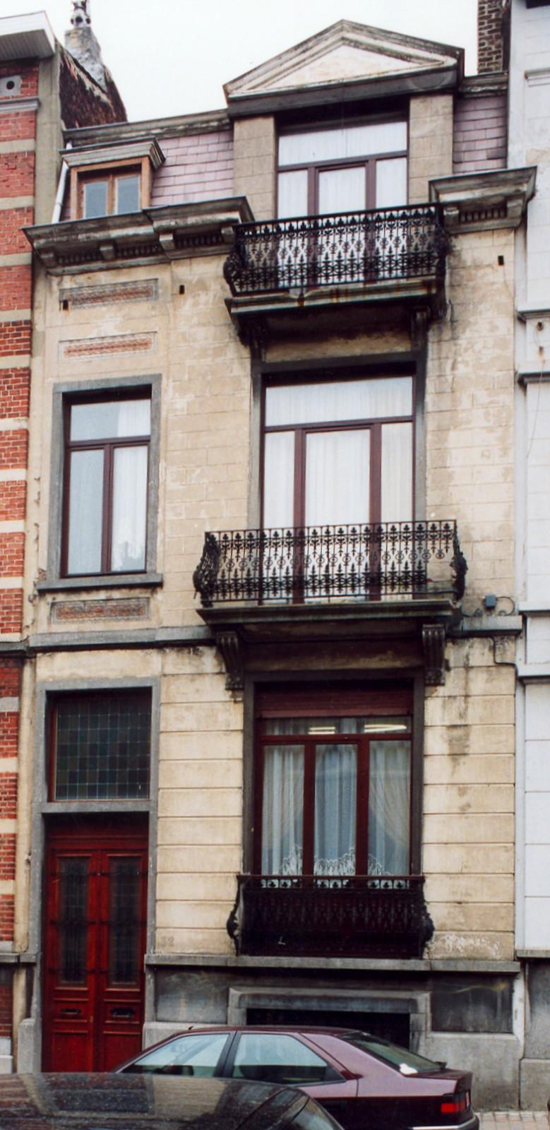 Rue des Etudiants 32., 2003