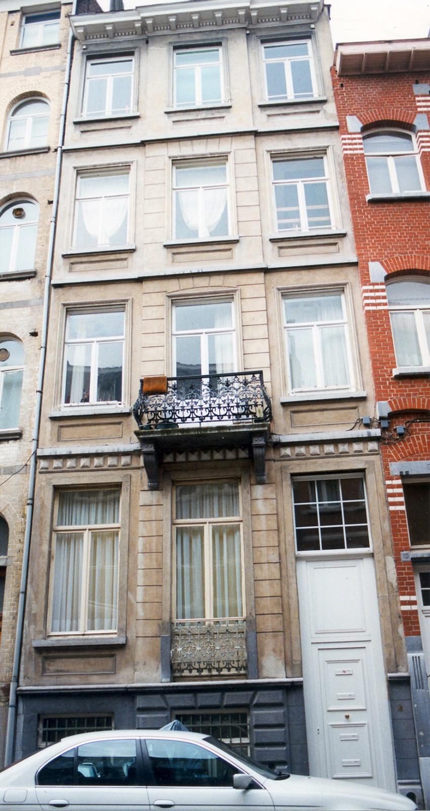 Rue Félix Delhasse 15., 1998