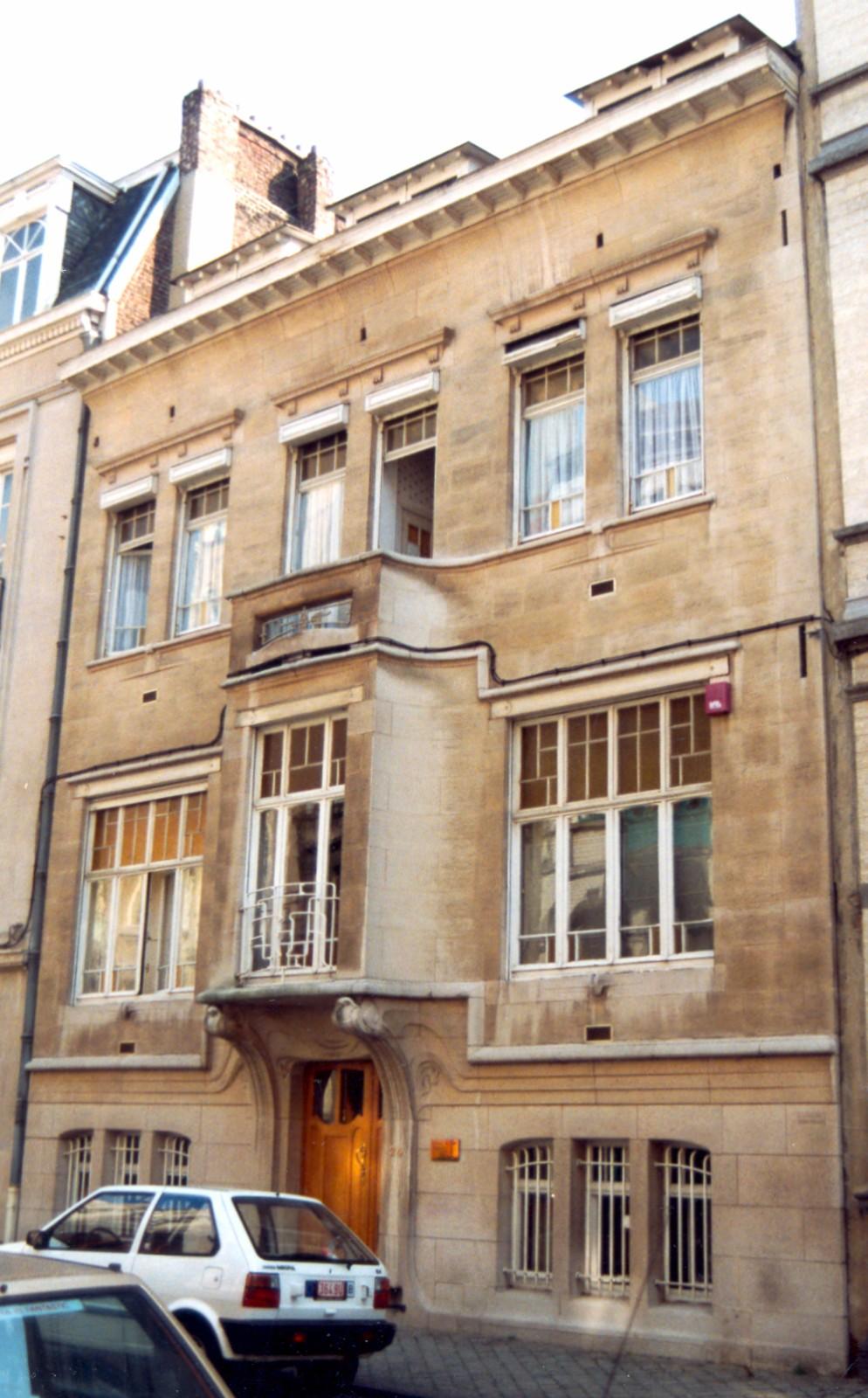 Rue Félix Delhasse 24., 1994