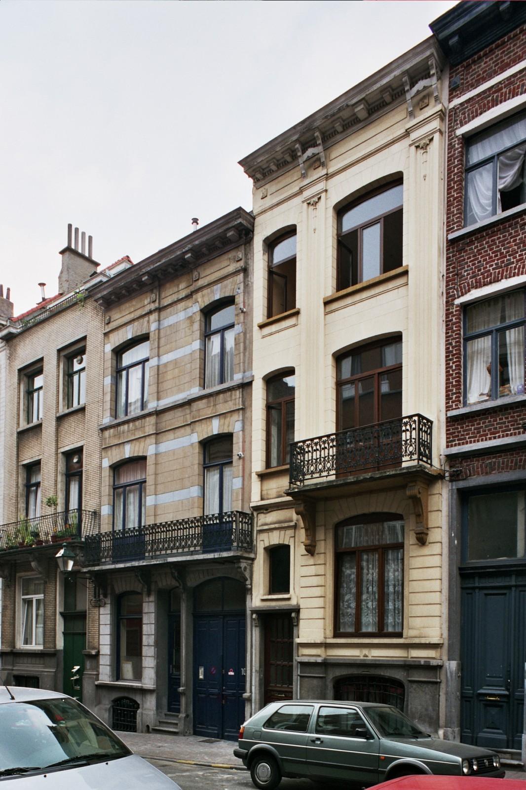 Rue de la Filature 10 et 12., 2004
