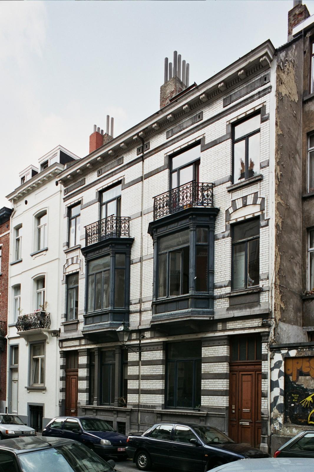 Rue de la Filature 18 et 20., 1999