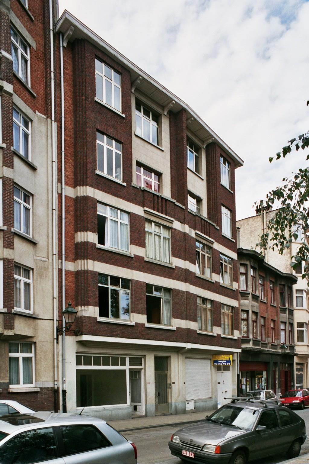 Chaussée de Forest 236-238, 240-242., 2004