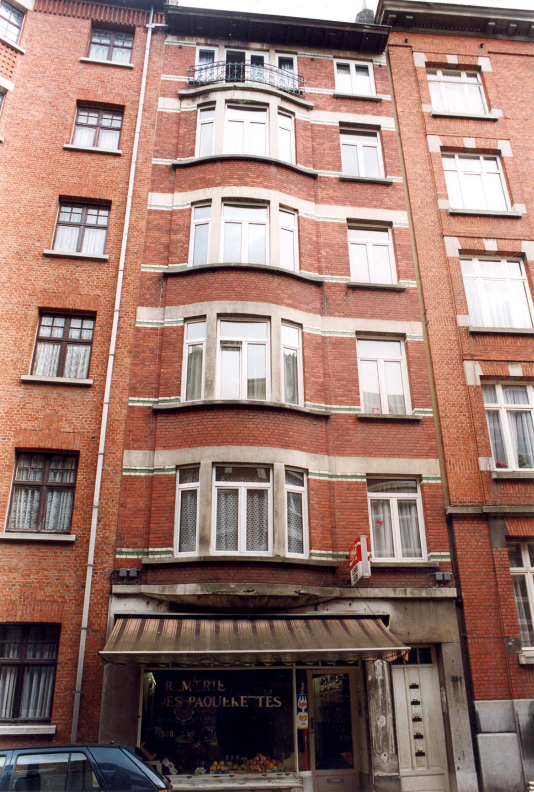 Rue Gisbert Combaz 20., 2004
