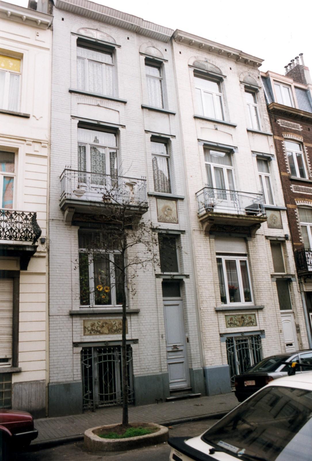 Rue Guillaume Tell 6 et 8., 1999