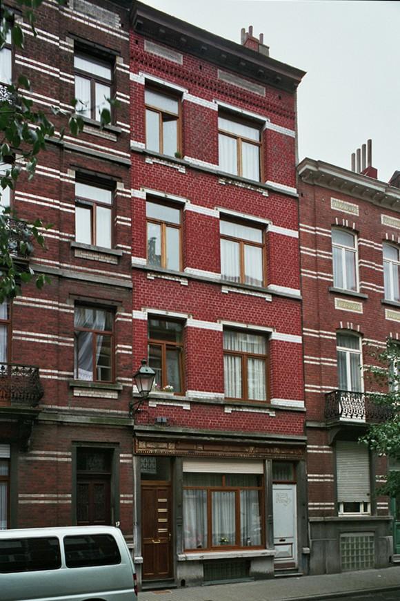 Rue Guillaume Tell 15., 2004