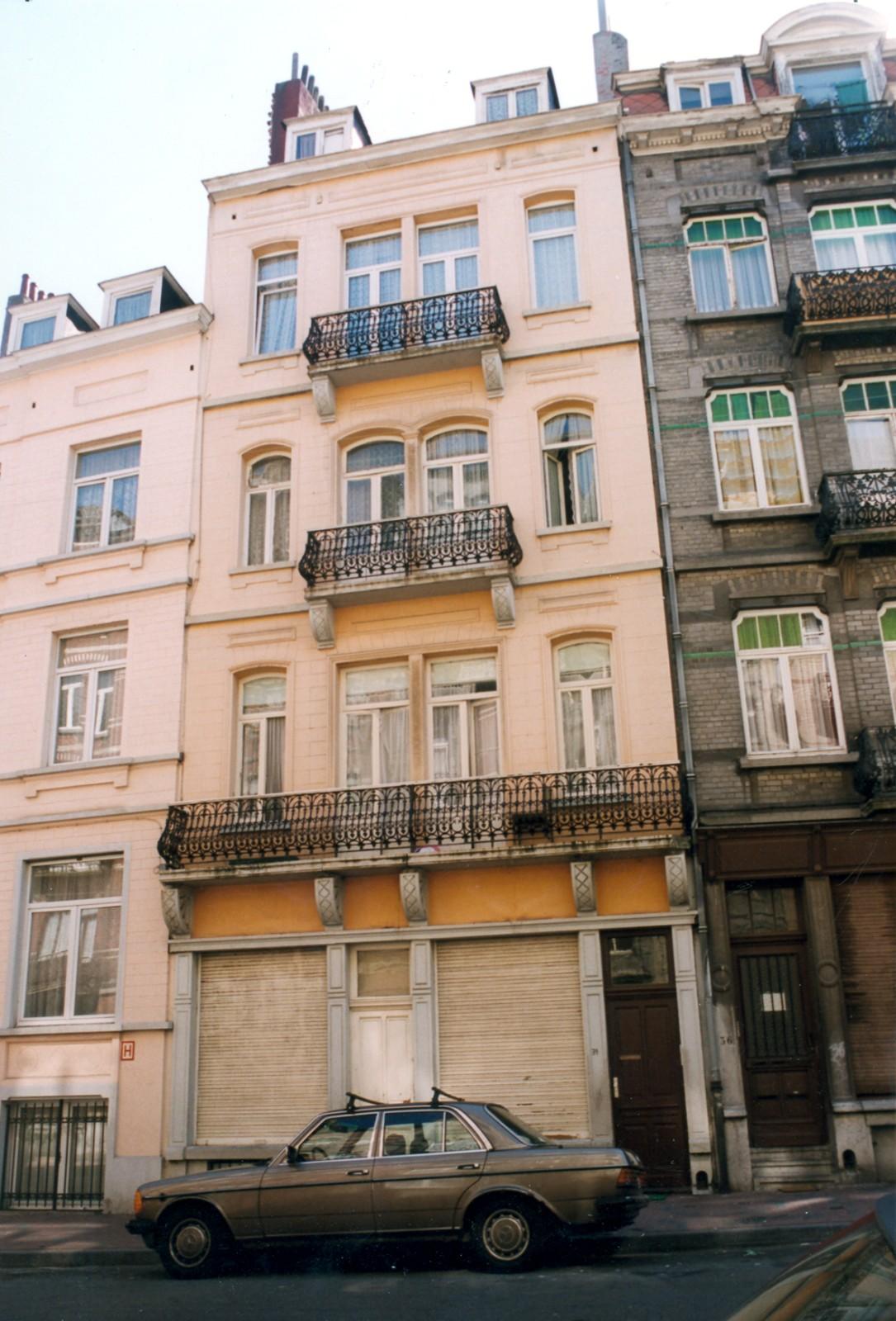 Rue Gustave Defnet 34., 1999