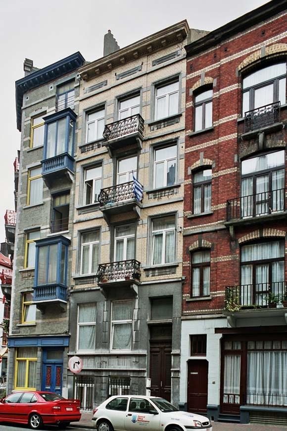 Rue Gustave Defnet 44., 2004