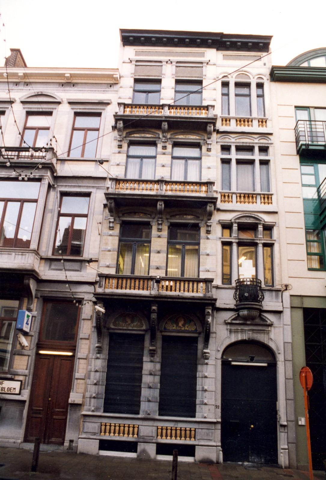 Rue de l'Hôtel des Monnaies 52., 1999