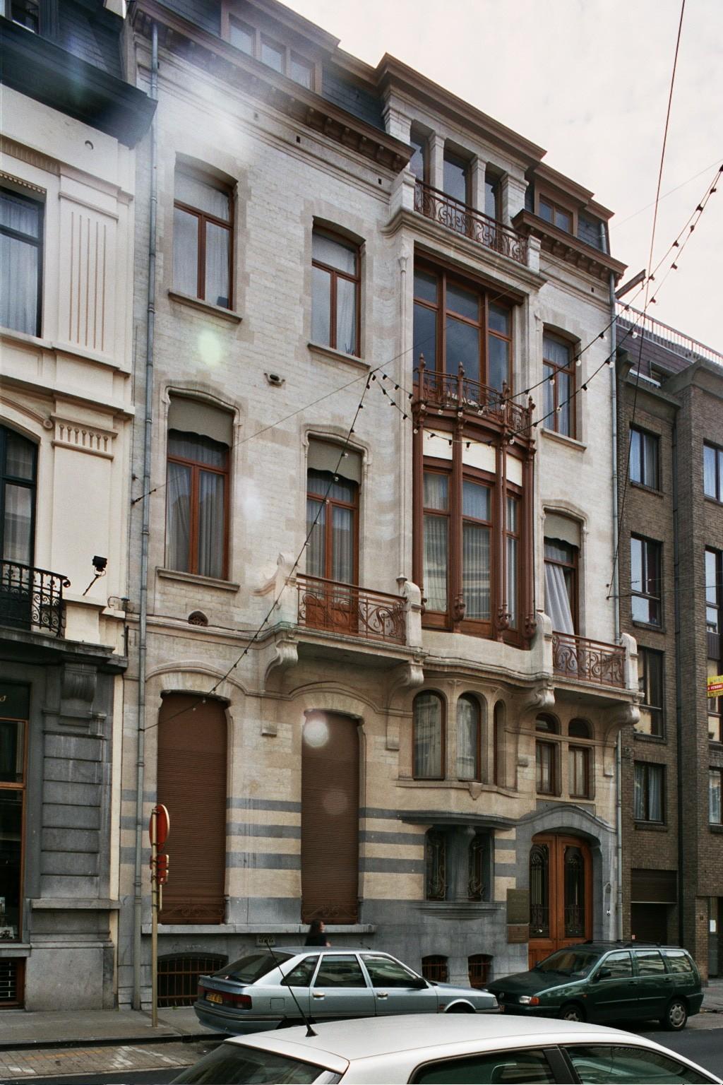 Rue de l'Hôtel des Monnaies 66, Hôtel Winssinger., 2004