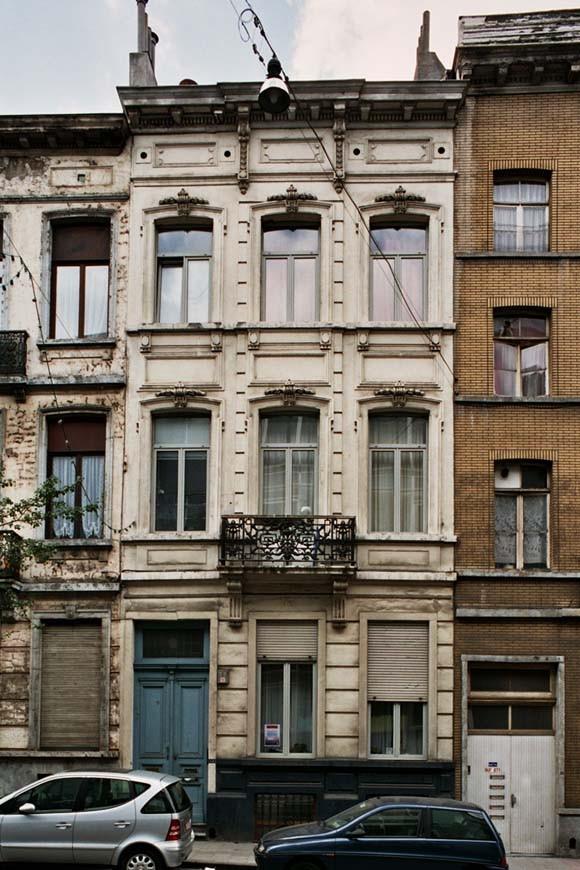 Rue de l\'Hôtel des Monnaies 113., 2004