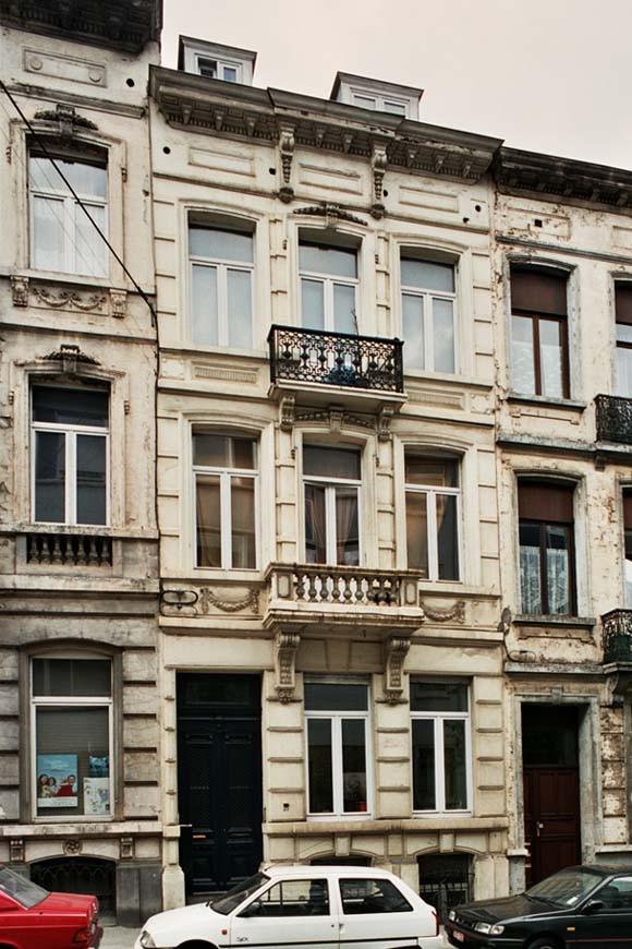 Rue de l\'Hôtel des Monnaies 117., 2004