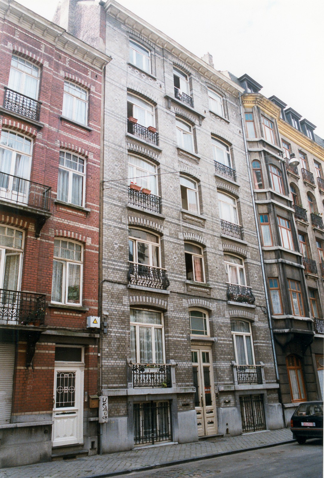 Rue Jean Robie 52., 1998