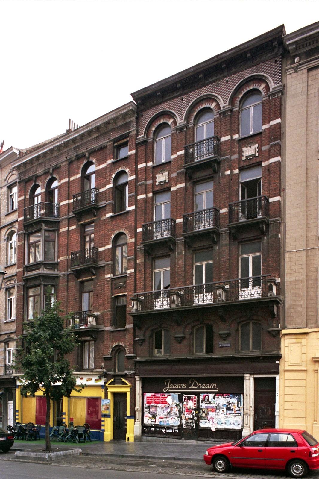 Avenue Jean Volders 70-70a, 72., 2004