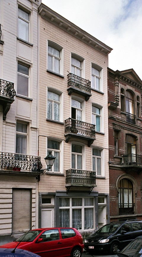 Rue de Loncin 17., 2004