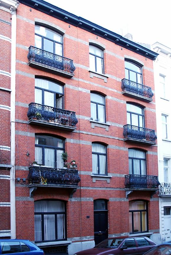 Rue de Loncin 21., 1998