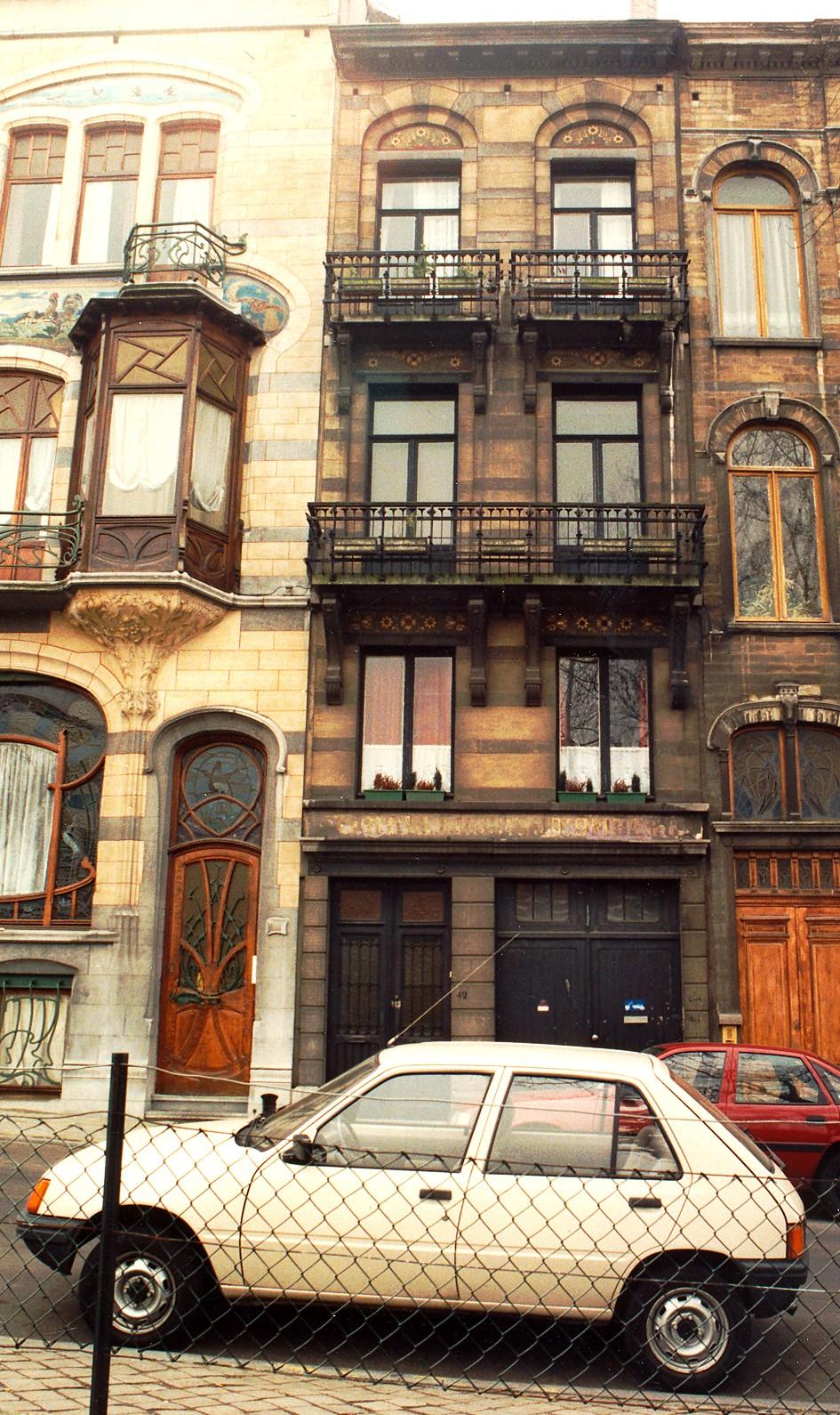 Place Louis Morichar 42-43., 1995