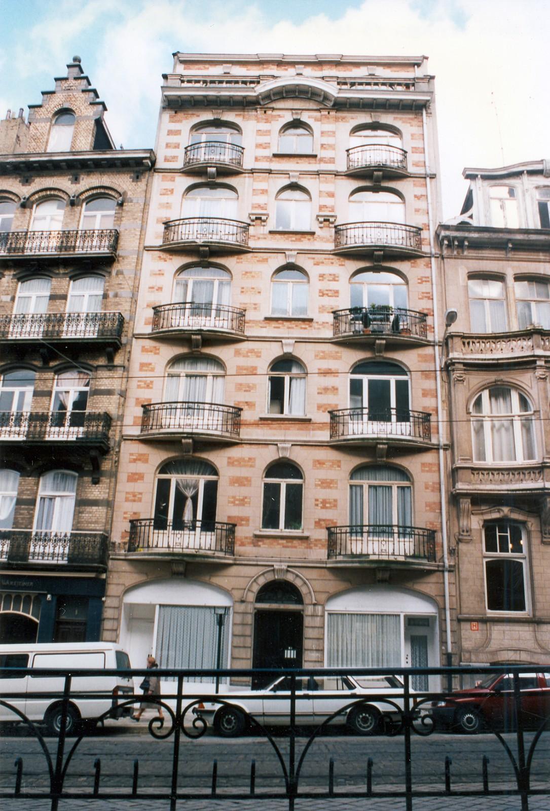 Place Maurice Van Meenen 13-17., 1995