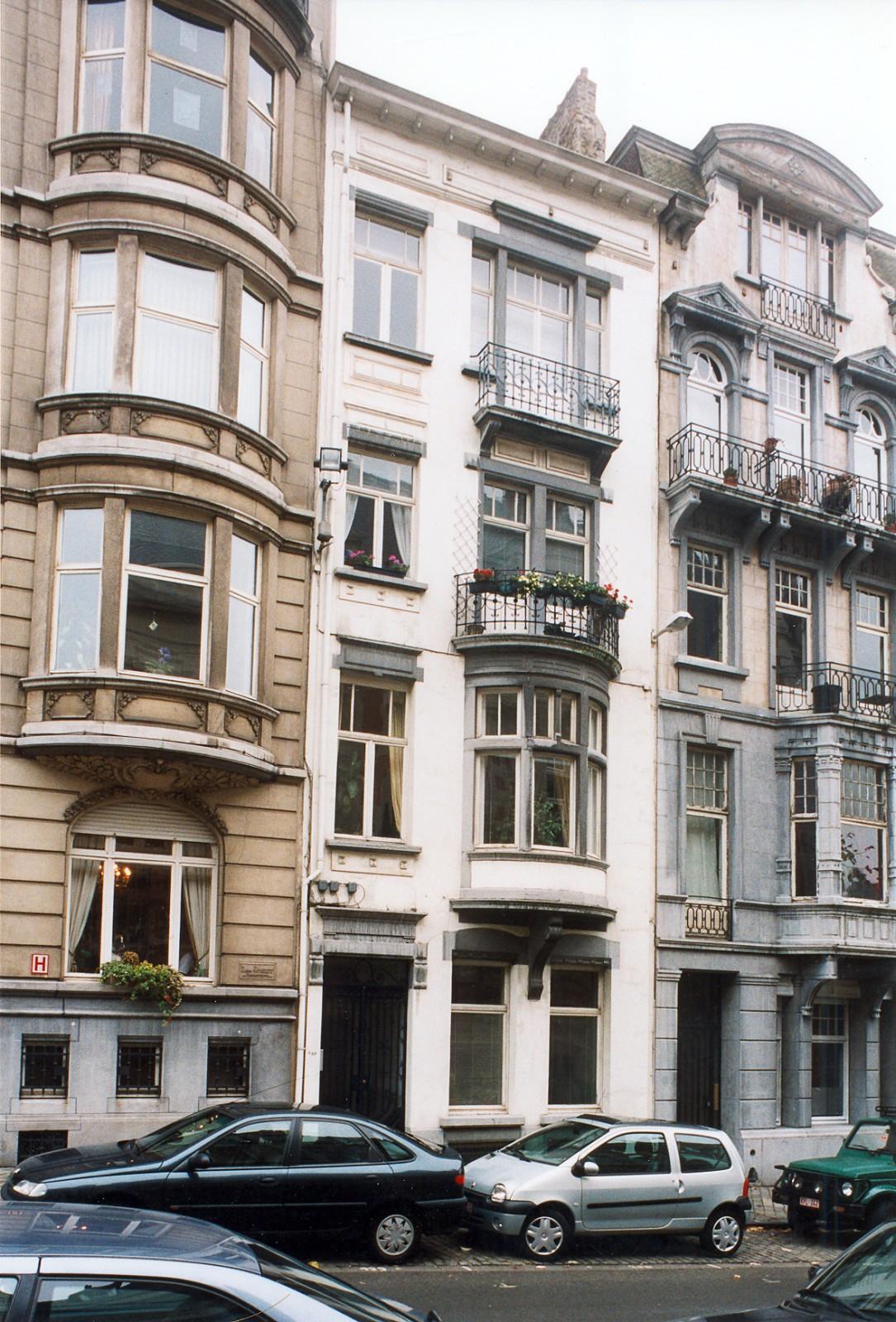Place Maurice Van Meenen 20., 2003