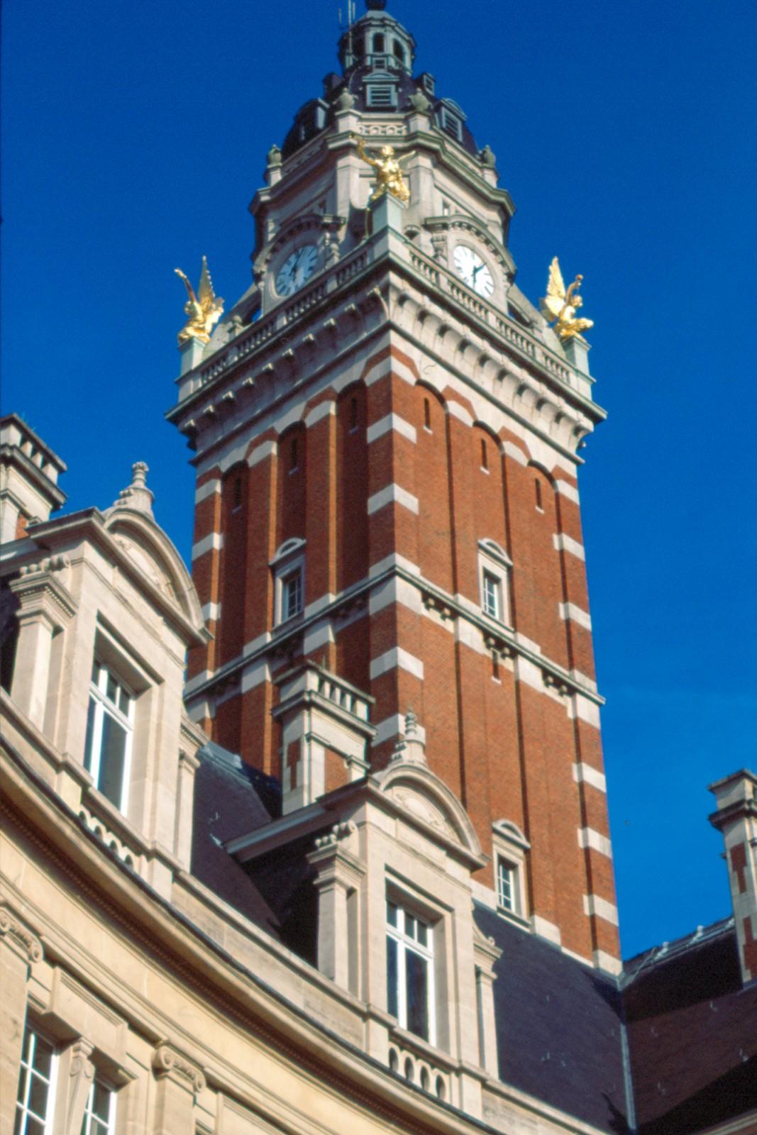Tour de l'hôtel de ville (photo s.d.)