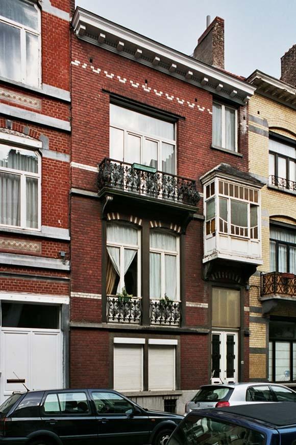 Rue Maurice Wilmotte 12., 2004