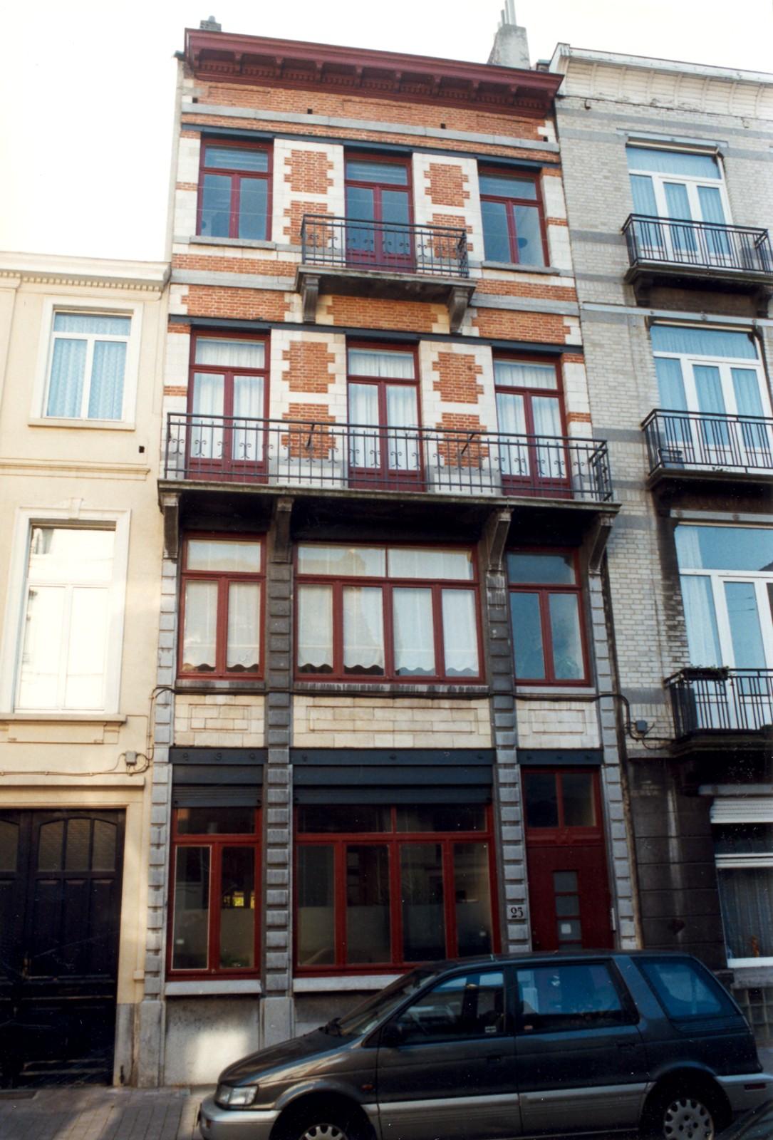 Rue Maurice Wilmotte 25., 1998