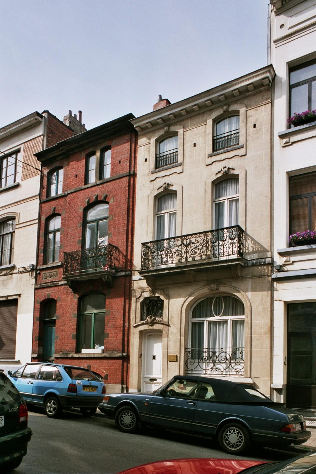 Rue du Mont-Blanc 39 et 37., 2004